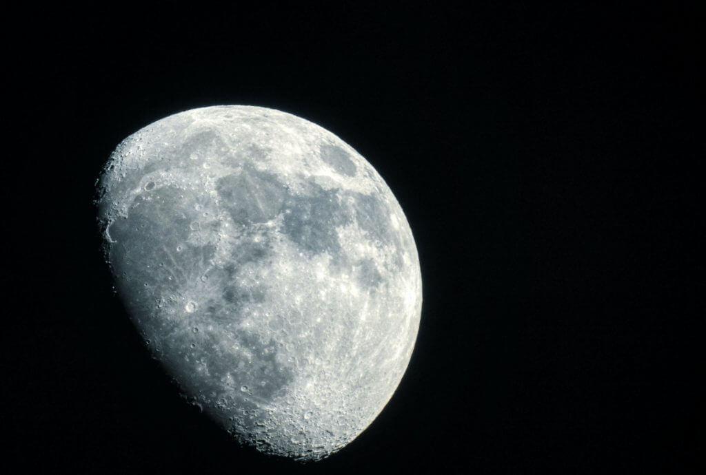 ניוזלטר מאי – ירח – חבר תרגומים
